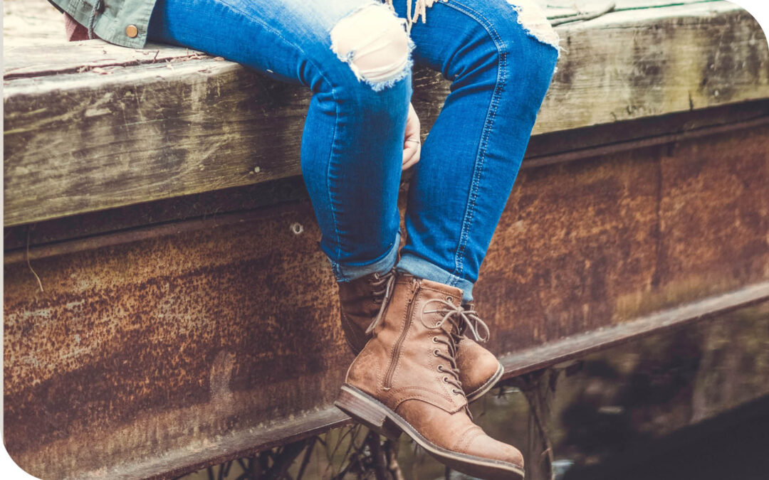 The perfect jeans to suit your body shape and which  boots to choose to finish your look