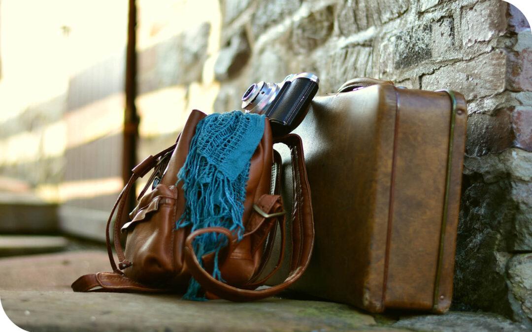 Travel light & dress fabulously with a versatile capsule wardrobe
